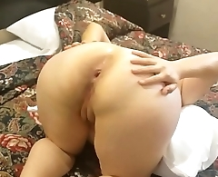 Sexy ass latina slut Neni fucking in a hotel