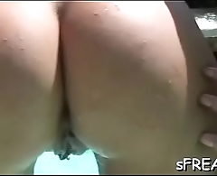 Beauty enjoys her bawdy cleft worked