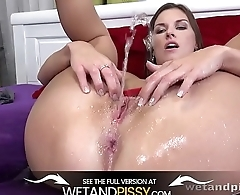 Wetandpissy - Christmas Is Coming
