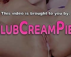 Sucking teen pussy filled
