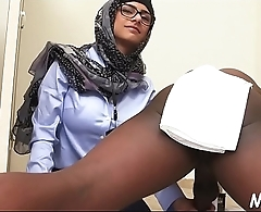 Arab whores are in love with sex