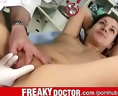 Elder gyno doctor fingering and spreading his patient Monika